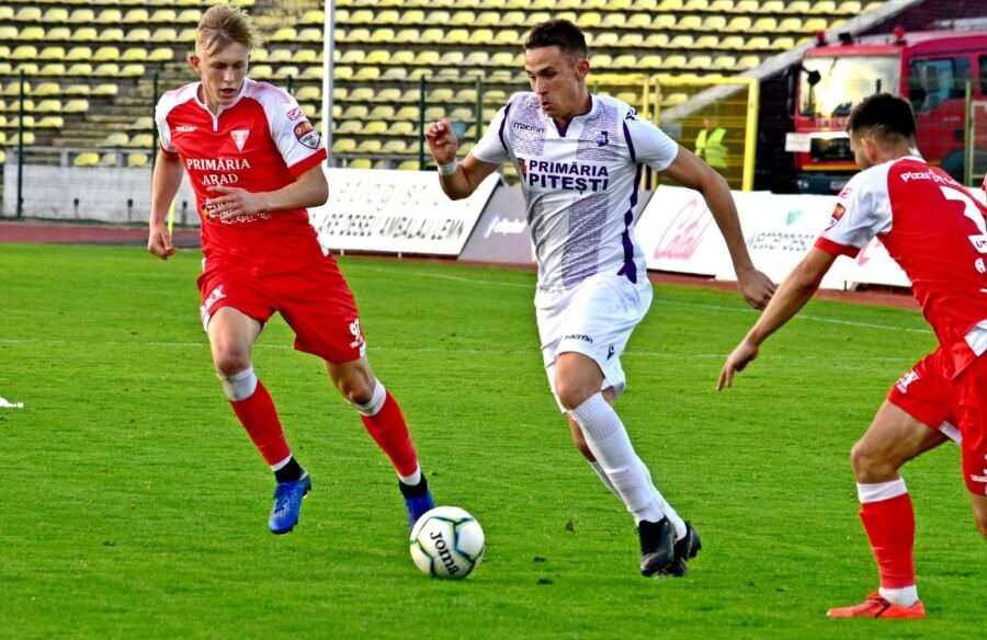 Oficialii lui FC Argeș recunosc că UTA e dezavantajată de decizia luată de FRF. Sursă foto: Facebook FC Argeș